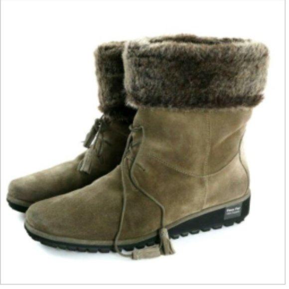Stuart Weitzman Shoes   Womens Winter